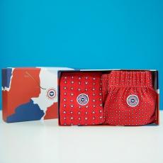 Le Fredo und Les Lucas Rot gemustert - Geschenkbox rot gemusterte Boxershorts und Socken